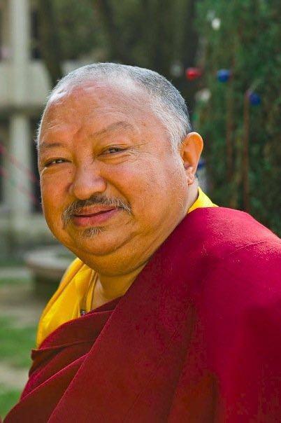 His Eminence Tsikey Chokling Rinpochee